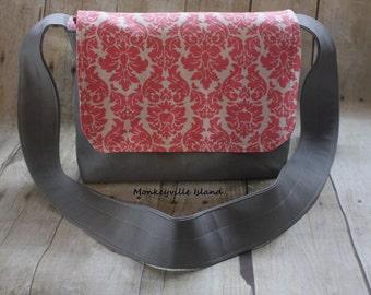Grey and Pink Small Messenger Bag
