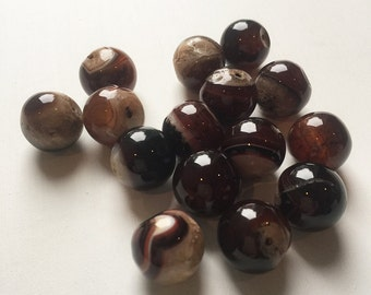 18mm Smooth Red Agate Beads