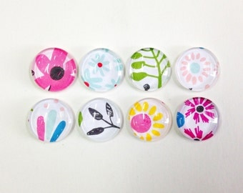 NEW - Flowers Abloom - set of 8 glass magnets