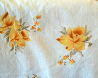 Vintage Pillow Cases Yellow Lillies Set of 2