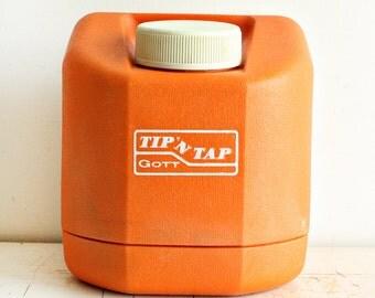 Vintage water jug - Tip N Tap - Gott model 1505 - picnic jug - 5 quarts - orange - water cooler