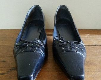 Stuart Weitzman Black Lace Up Kitten Heel Pumps, SZ 9, Goth