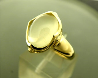 AAA Yellow Cats Eye Moonstone Cabochon   12x10mm  4.00 Carats   in 14K Yellow gold ladies ring.  0801