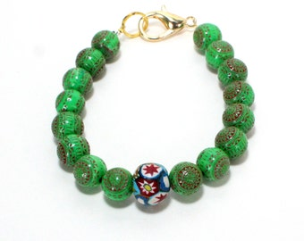 Tribal pattern green and mutlicolor beaded layering stack bracelet