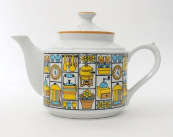 Vintage Quirky Made in Japan Teapot in Perfect Shape! Ceramic