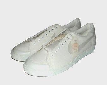 1980s Nike shoes / vintage 80s Athletic Tennis / 11 / Vintage 1980s Nike Blazer Low Tennis Shoes 831202 - Like New Deadstock with Box!