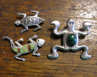 3 FROG TOAD LIZARD Brooch, Vintage Native American, Sterling Silver Pins, Tribal Stone Inlay, Artisan Signed, very 3-D, great condition