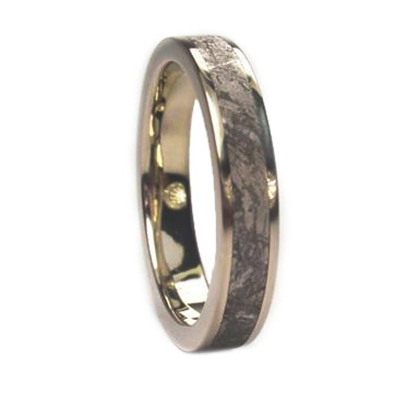 Meteorite Wedding Band, 14k White Gold Ring Inlaid With Gibeon Meteorite, Womens Wedding Band
