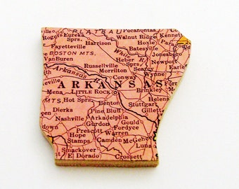 1940s Arkansas Brooch - Pin / Unique Wearable History Gift Idea / Upcycled Vintage Wood Jewelry / Timeless Gift Under 25