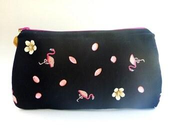 pink flamingo clutch, zippered wristlet clutch, rockabilly clutch, evening clutch, cocktail bag, wallet clutch, makeup bag, cosmetic bag