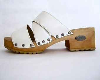 ORIGINAL vintage 1970s 1980s CANDIE'S white leather MULES chunky wooden platform criss cross slides kawaii womens 7 1/2 japanese lolita