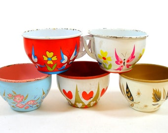 50s Tin Toy Tea cups, BUTTERFLY & Heart graphics on 5 metal, Spring set.