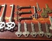 Awesome old vintage skeleton keys from pianos - big lot of 17 - SALE