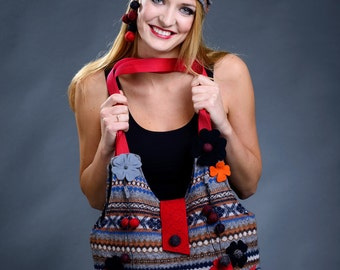 Colourful tote bag and hat set from woolen sweater and felt pieces