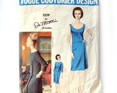 Vogue Couturier Design Jo Mattli of London / Vintage Vogue 1329 / Scoop Neck Dress and Overblouse Sewing Pattern / Size 12