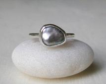 Peacock Keshi Pearl Ring – Stacking Ring -  Silver Blue Pearl – Irregular Pearl – Bezel Set –  Sterling Silver