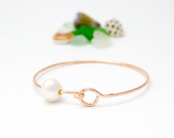 Bangle with Clasp and Pearl - 14K Rose Gold Filled