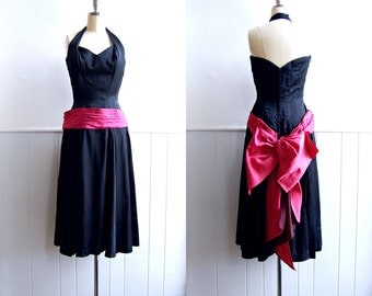 1940s - 1950s LILLI ANN Black and Fuchsia Halter Dress with Large bow // Designer Cocktail Dress Small
