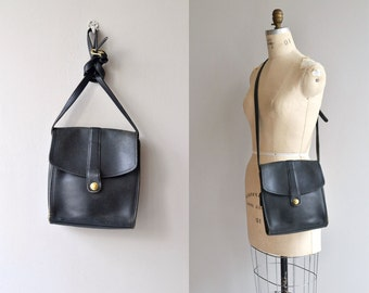 1970s Coach saddle bag | vintage 1970s Coach bag | black 70s Coach shoulder bag