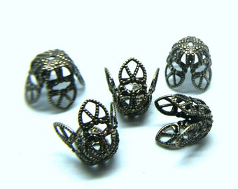 Beadcap BRASS Antique Gold plated 4 petal filigree wrap