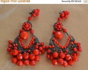 On Sale Pretty Vintage Large Red Chandelier Plastic Dangle Pierced Earrings, Funky, Boho (O4)