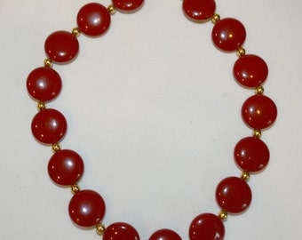 Resin Choker Vintage Cherry Red