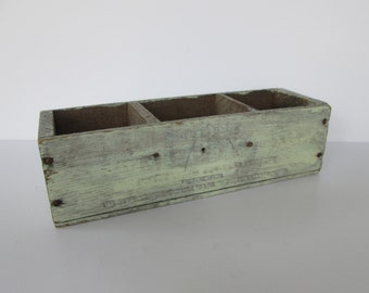 Old Distressed Mel-O-Bit Wood Cheese Box