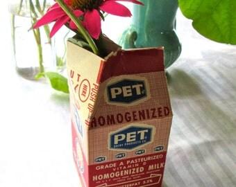 Set of 4 Vintage UNUSED PET Brand Paper Milk Cartons/PINT Milk Cartons/Advertising/Red White Blue /Paper Ephemera/Repurpose/Crafts Supply