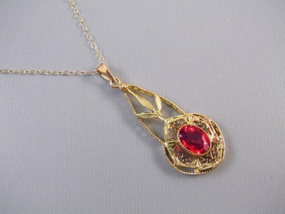 Antique Edwardian 10k gold filigree glass ruby paste lavalier pendant necklace