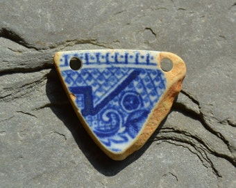 Drilled Genuine Sea Pottery China Blue Willow Pendant