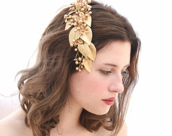 Large Gold Leaf Wedding Comb with Berries Gold Babies Breath, Decorative Wedding Hair Comb, Golden Wedding Headpiece, Rustic Wedding