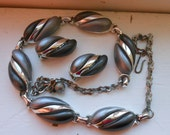 Vintage thermoset necklace and earrings gray silver jewelry two tone necklace