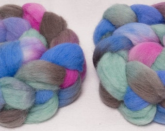 Hand dyed roving,  Kent Romney, British breed wool, hand painted, English wool tops, fibre, fiber, 100g, colour; Quiet Day