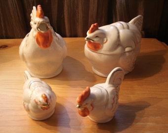 Vintage Kitchen Chicken Serving Set