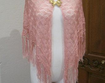 Vintage warm pink mauve crochet fringed shawl, pink triangle shape fringed shoulder wrap, romantic soft pink fringed shawl, open weave shawl