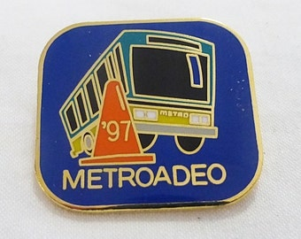 Vintage metroadeo 1997 buses competition pin transportation