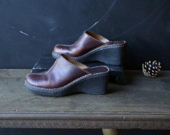 Leather Clogs Womens Shoes US Size 8.5 Bohemian Fashion Muels Vintage From Nowvintage on Etsy