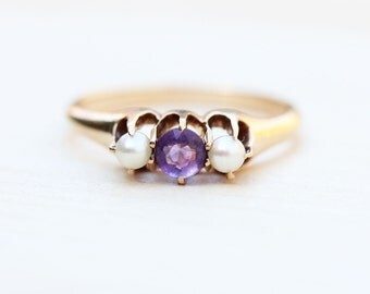 14K Delicate Victorian Pearl and Amethyst Ring - Size 6