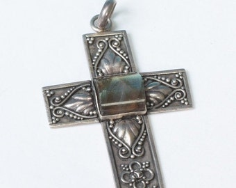 CIJ Sale Sterling Cross Pendant Labradorite Accent Scrollwork Vintage