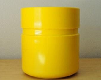 heller yellow ice bucket - sergio asti design