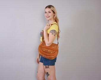 Vintage 70s PURSE / 1970s Large Tooled Floral Boho Leather Hippie Shoulder BAG