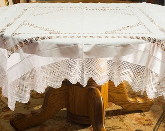 Antique White Filet Crochet and Drawnwork Linen Tablecloth 52 Inch Square