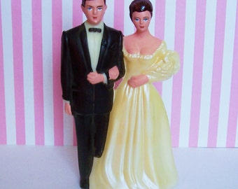 """Vintage Bride and Groom Cake Topper 6 1/2"""" tall"""