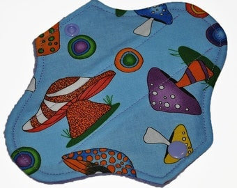 Liner Core- Jumbo Shrooms Reusable Cloth Petite Pad- 6.5 Inches