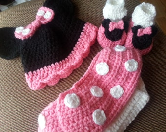 Minnie Mouse Inspired Minnie Mouse hat and diaper cover set Photo Prop