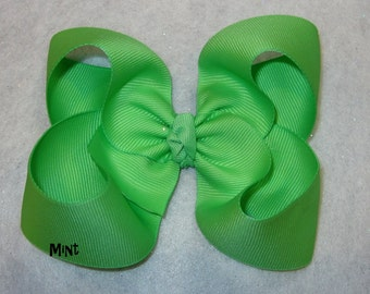 Mint Green Hair Bow, Girls Hairbows, Big Bows, Large Hair Bow, Classic Hairbows, Baby hairbow, Toddler Bow, 4 5 inch Bows, Boutique Bow, 45G