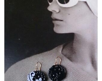 Vintage Glamour drops!