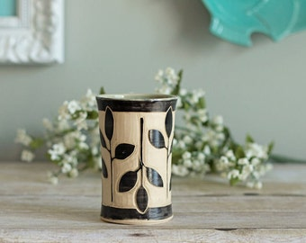 Ceramic Tumbler / Sgraffito / Mint Green