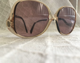 Vintage smoky seventies sunglasses