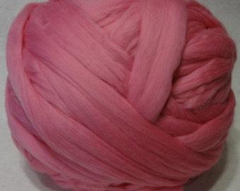 Wool Roving - Camellia Merino Wool Roving - 8 oz - Pink Roving, Pink Wool